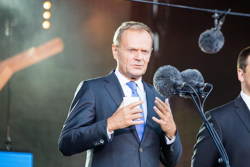 propolski.pl: Donald Tusk ponownie atakuje rząd