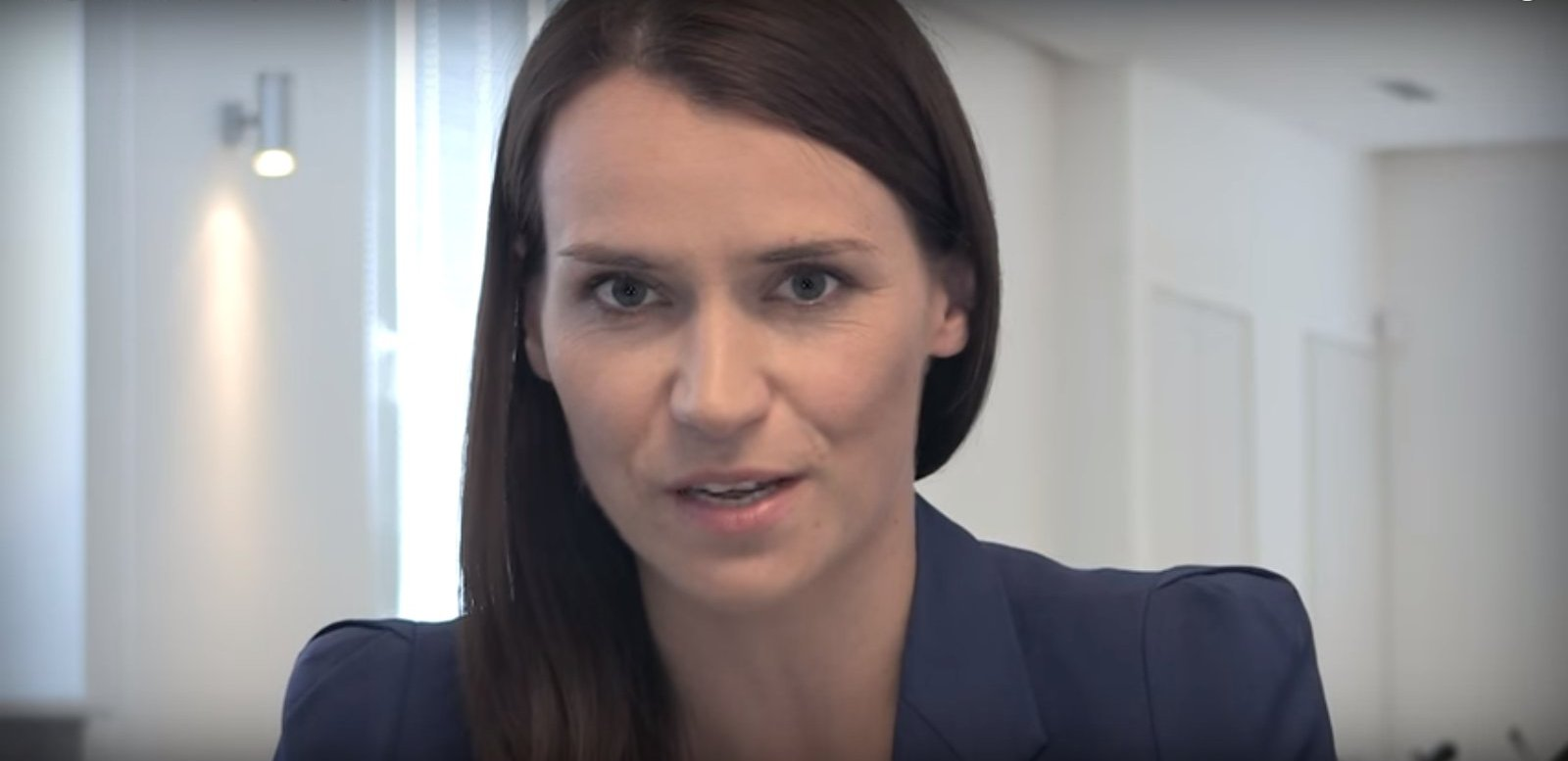"""propolski.pl: Agnieszka Pomaska pokazała wiadomości od hejtera: """"Ty je**na ku**o"""". Będą konsekwencje?"""