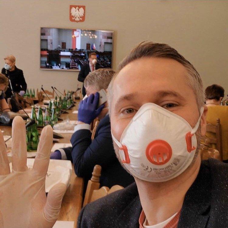 propolski.pl: Jarosław Wałęsa wyznał, że wulgarne wpisy były jego