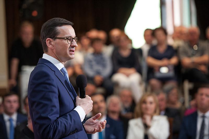 propolski.pl: Polacy odpowiedzieli na pytanie, kto byłby najlepszym premierem