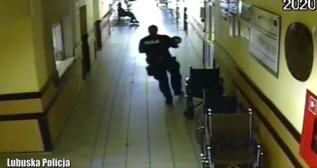 Policjant uratował dziecko