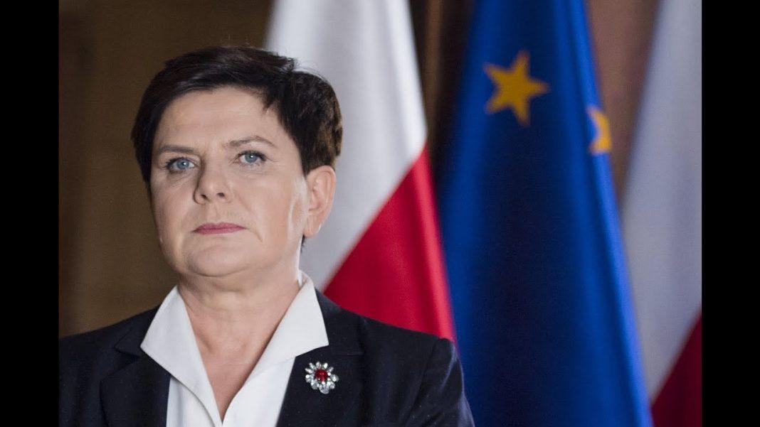 propolski.pl: Były doradca Komorowskiego publikuje skandaliczny wpis wobec Szydło. Internauci oburzeni