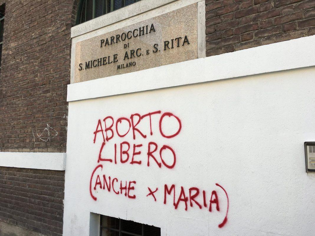 propolski.pl: Wandale wypisali proaborcyjne grafitti na kościele
