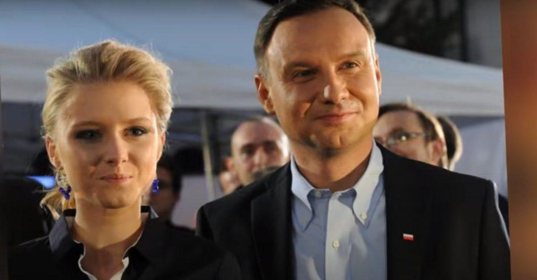 propolski.pl: Tak prezydent Duda pożegnał Krzysztofa Krawczyka. Internauci oburzeni