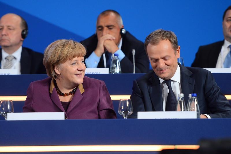 propolski.pl: Tusk dostaje instrukcje od Merkel? Tak twierdzi poseł PiS