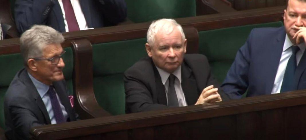 """propolski.pl: PiS dogadał się z Kukizem. Polityk Konfederacji: """"Ogarnia mnie pusty śmiech"""""""