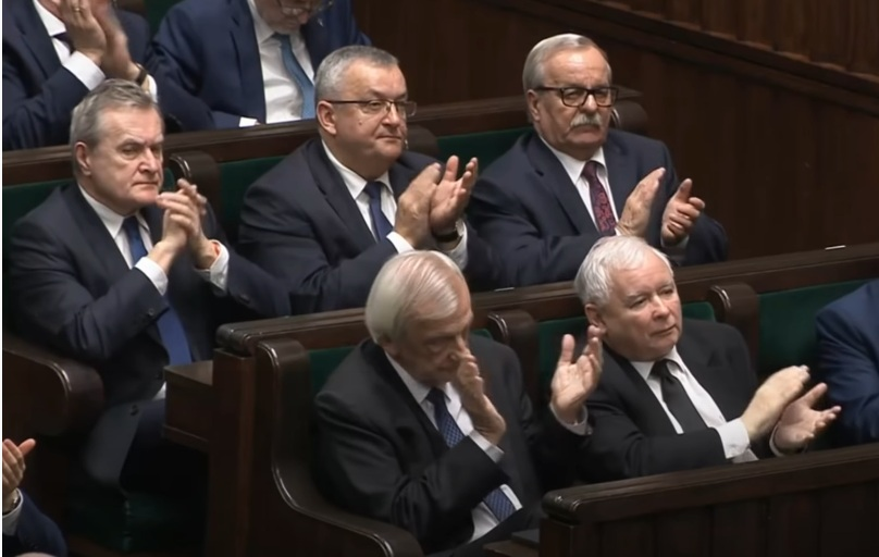 propolski.pl: Najnowszy sondaż nie pozostawia złudzeń