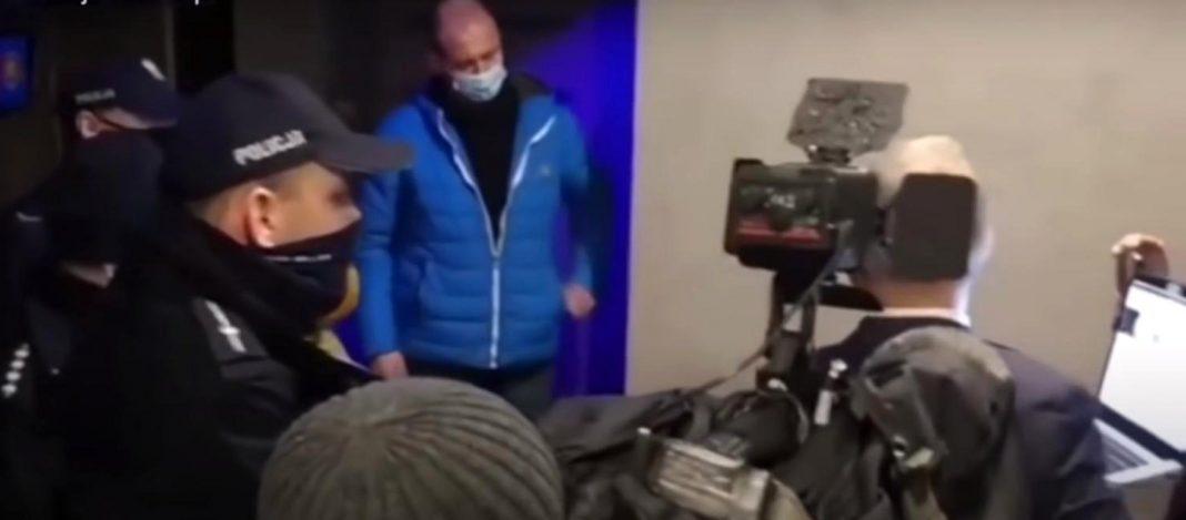 propolski.pl: Grzegorz Braun wyprosił policję i sanepid z restauracji