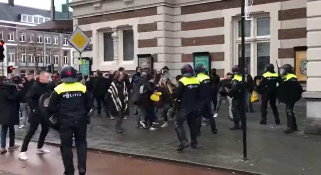 propolski.pl: Interwencja policji w Amsterdamie