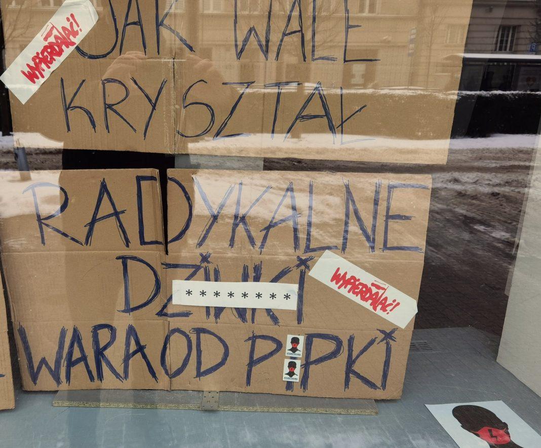 propolski.pl: Skandaliczna ekspozycja w centrum Poznania: