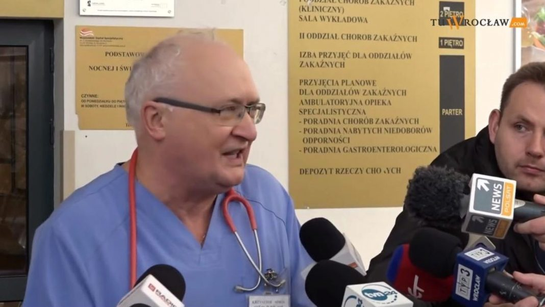 propolski.pl: Co prof. Simon mówił na początku epidemii?
