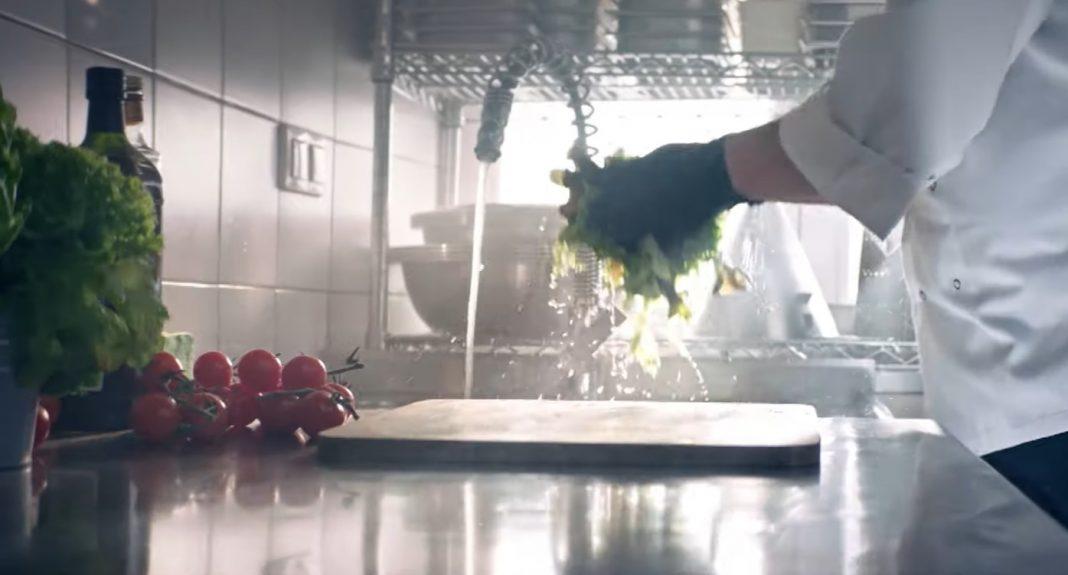 propolski.pl: Duża awantura po spocie reklamującym tarczę dla gastronomii. Właściciel lokalu się odcina [WIDEO]