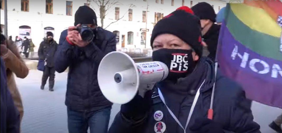 propolski.pl: Babcia Kasia wściekle roznosi Lublin