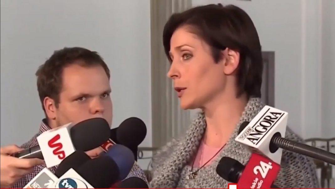 propolski.pl: Mucha odmówiła dziennikarzowi: Nie namówi mnie pan na to