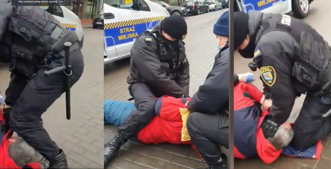 propolski.pl: [video] Straż Miejska spacyfikowała przechodnia za brak maseczki. Stojący obok ludzie nie wytrzymali: