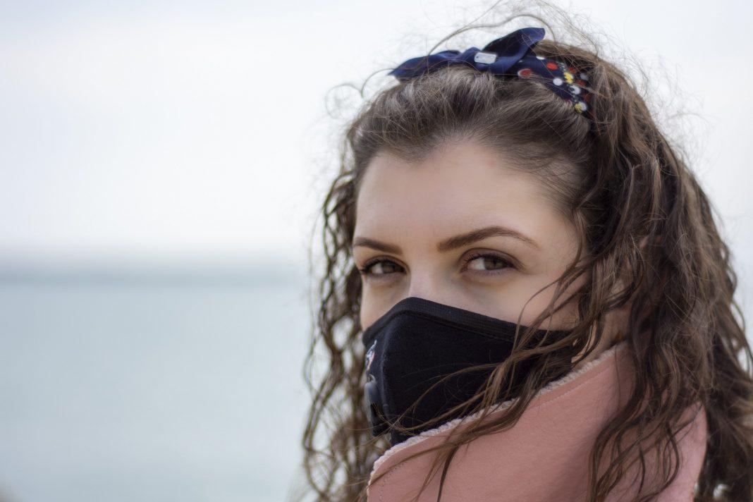 propolski.pl: Znana wirusolog o maseczkach