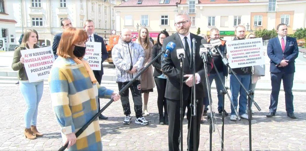 propolski.pl: Zobowiązanie wyborcze Grzegorza Brauna: Rzeszów strefą wolną od lockdownu [WIDEO]