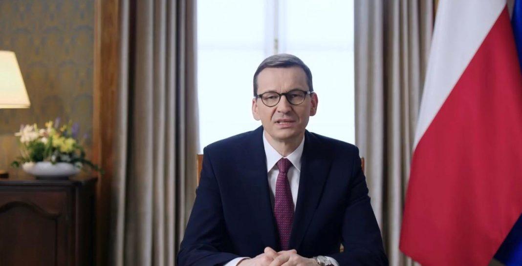 propolski.pl: Premier Morawiecki składa świąteczne życzenia