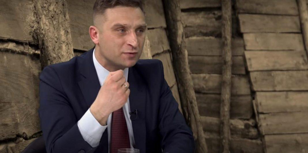propolski.pl: Robert Bąkiewicz o roli Kościoła w tych czasach