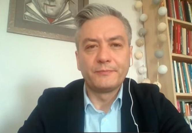 propolski.pl: Biedroń gasi Tuska: To nie jest kiełbasa spod lady