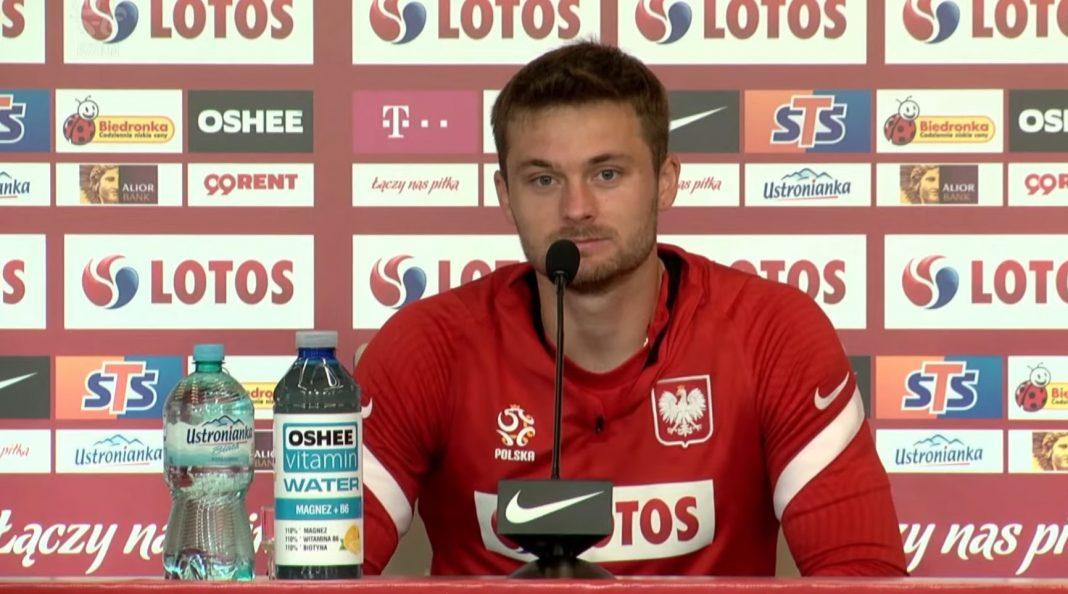 propolski.pl: Karol Linetty wyjaśnił, dlaczego piłkarze nie podziękowali kibicom po meczu. Szokująca wypowiedź