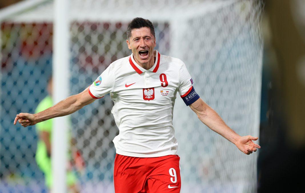 propolski.pl: Robert Lewandowski - mecz Polska Hiszpania
