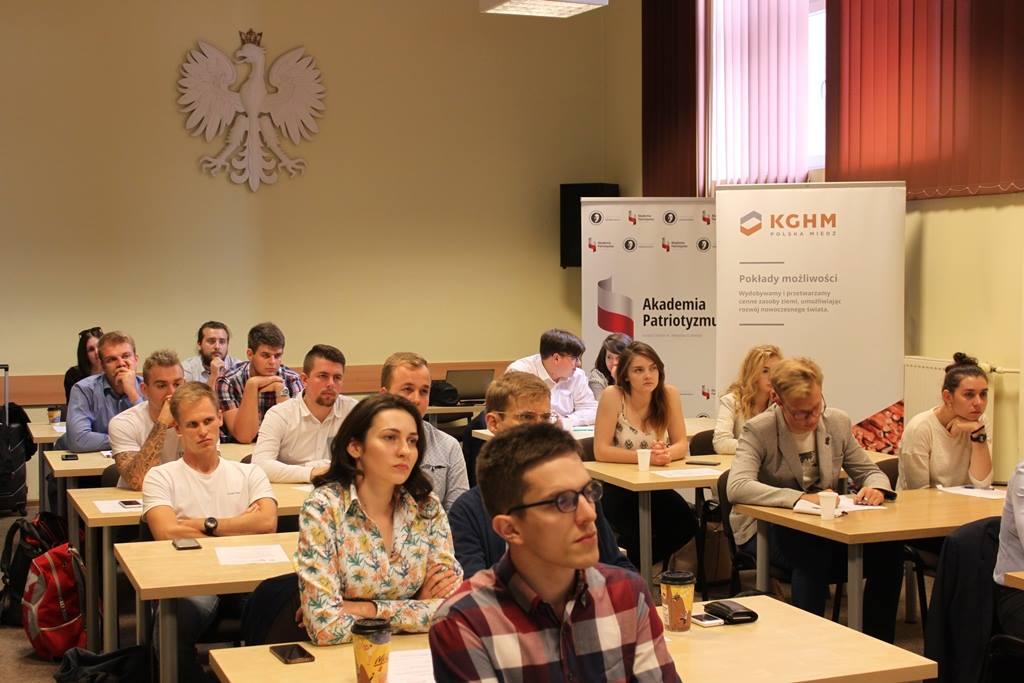 propolski.pl: Inauguracyjny zjazd Akademii Patriotyzmu już w najbliższy weekend