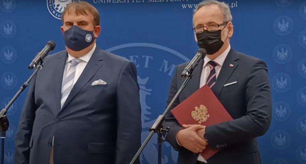 propolski.pl: Niedzielski: Kościół mógłby bardziej pomóc w promocji szczepień