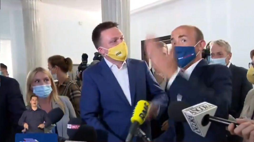 propolski.pl: Próba korupcji Hołowni w wykonaniu Budki.