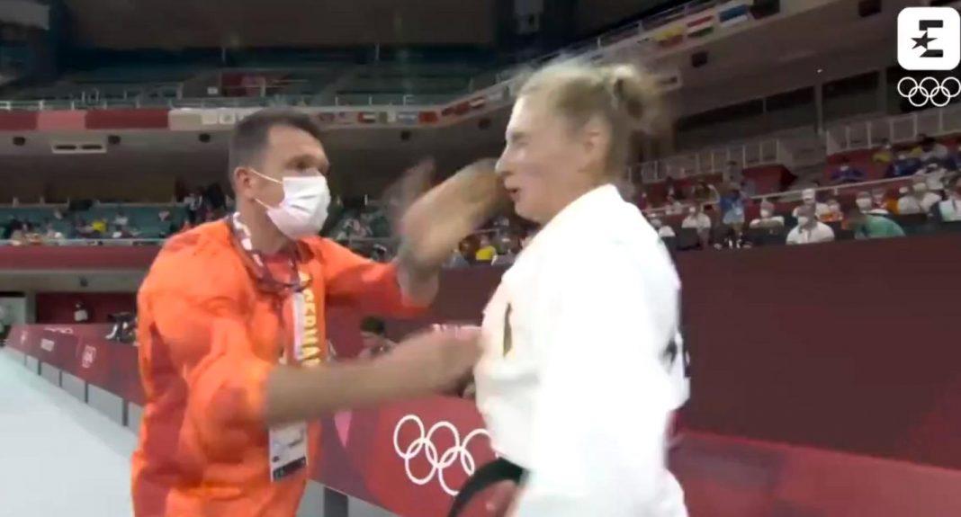 propolski.pl: Zrobił to na oczach kamer. Niemiecki trener spoliczkował swoją podopieczną. Zawodniczka zabrała głos [WIDEO]