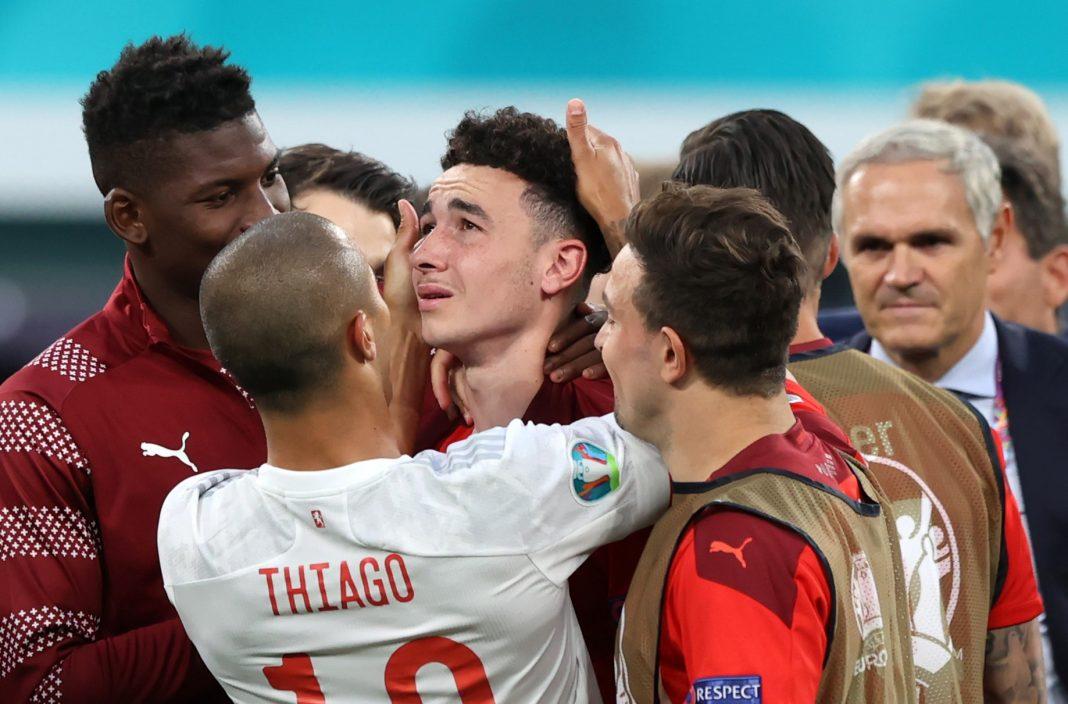 propolski.pl: Piłkarze pocieszali zawodników przegranej drużyny