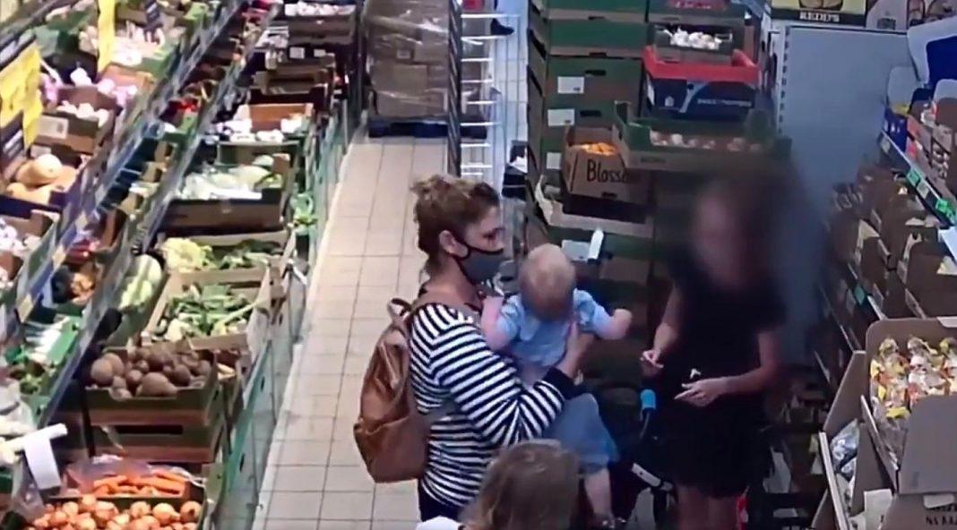 propolski.pl: Policjantka uratowała krztuszące się dziecko