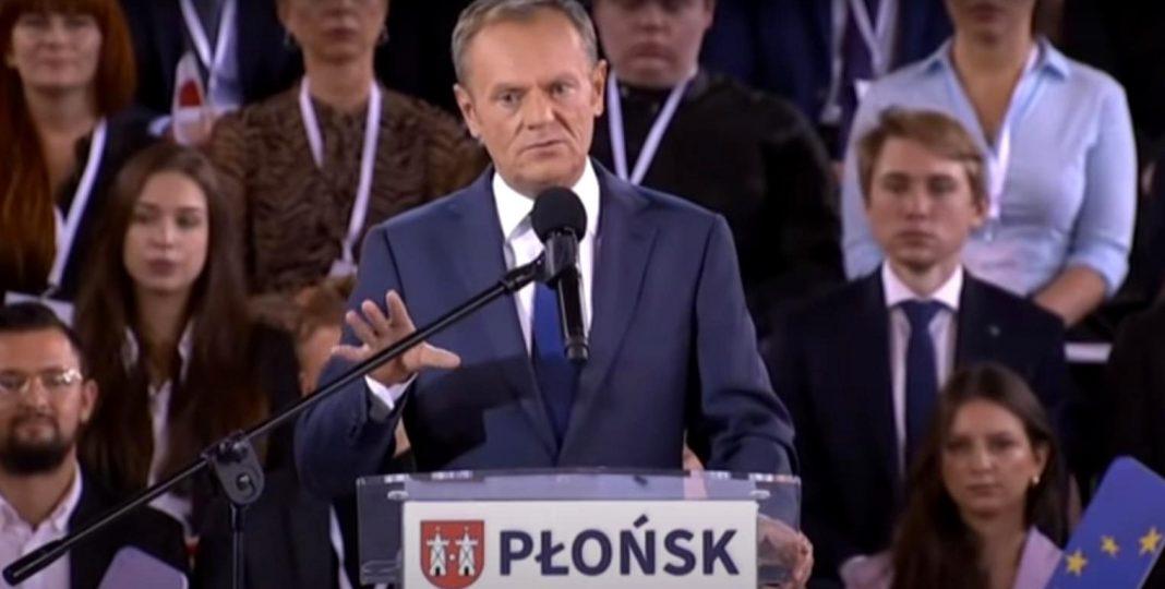 propolski.pl: Tusk publicznie wyśmiał Morawieckiego. Chodzi o cenę chleba [WIDEO]