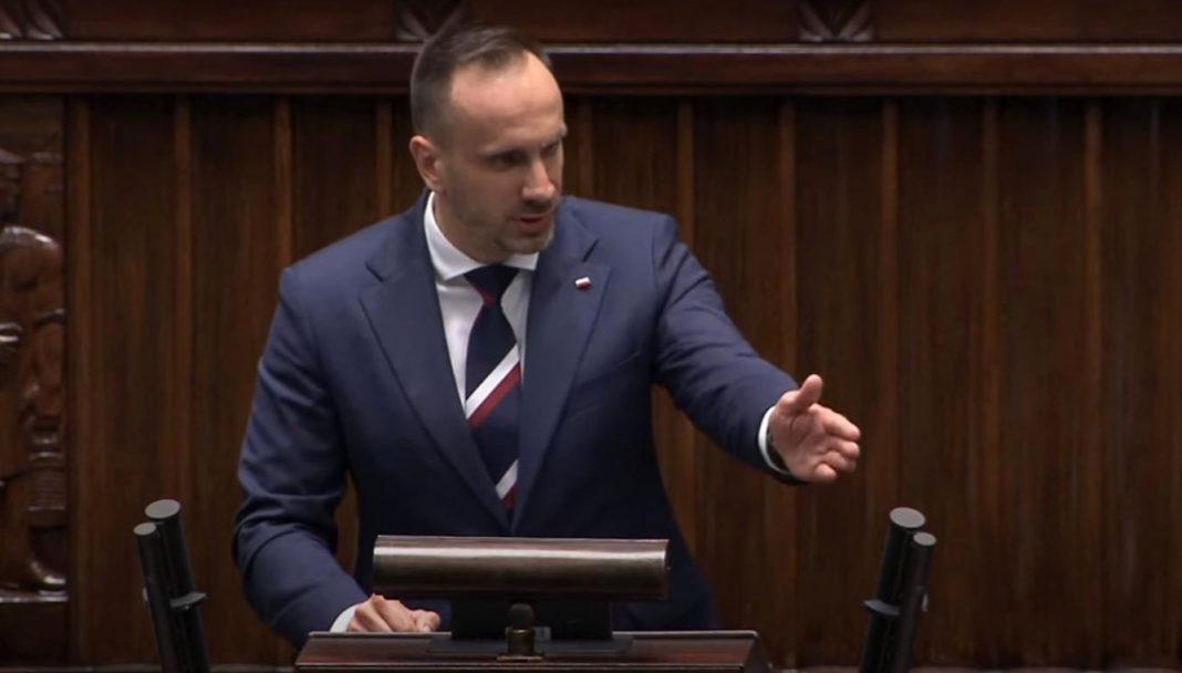propolski.pl: Janusz Kowalski apeluje do polskiego rządu