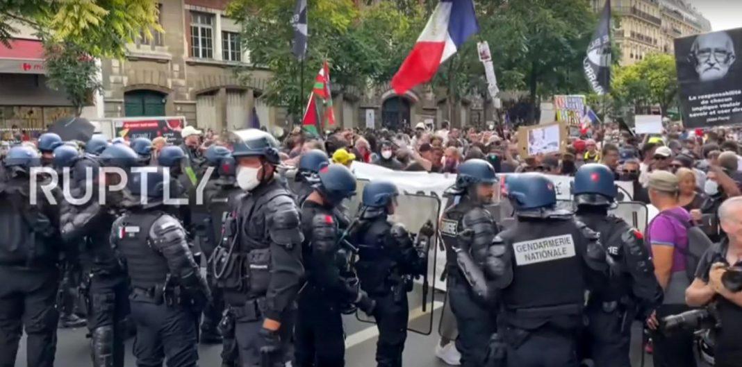 propolski.pl: Fala protestów we Francji