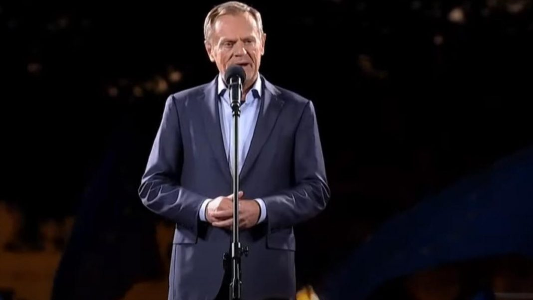 propolski.pl: Donald Tusk grzmi na manifestacji w Warszawie